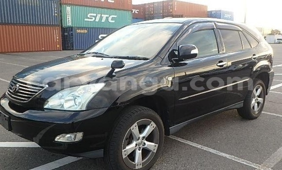 Buy Import Toyota Harrier Black Car in Blantyre in Malawi