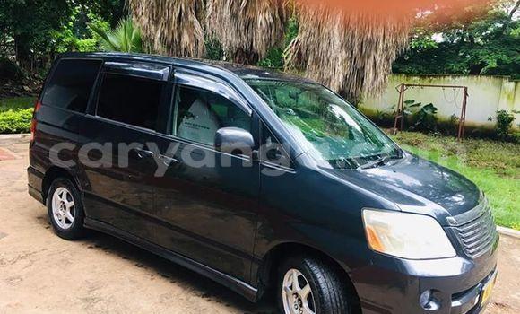 Buy Used Toyota Noah Blue Car in Lilongwe in Malawi