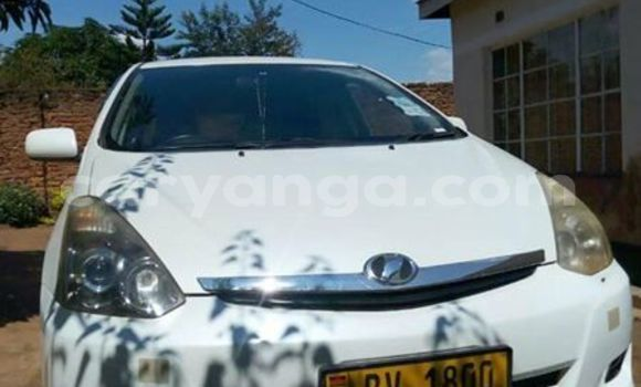 Buy Used Toyota Wish White Car in Lilongwe in Malawi