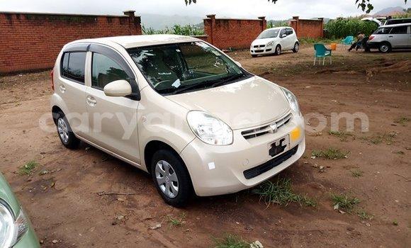 Buy Used Toyota Passo White Car in Blantyre in Malawi