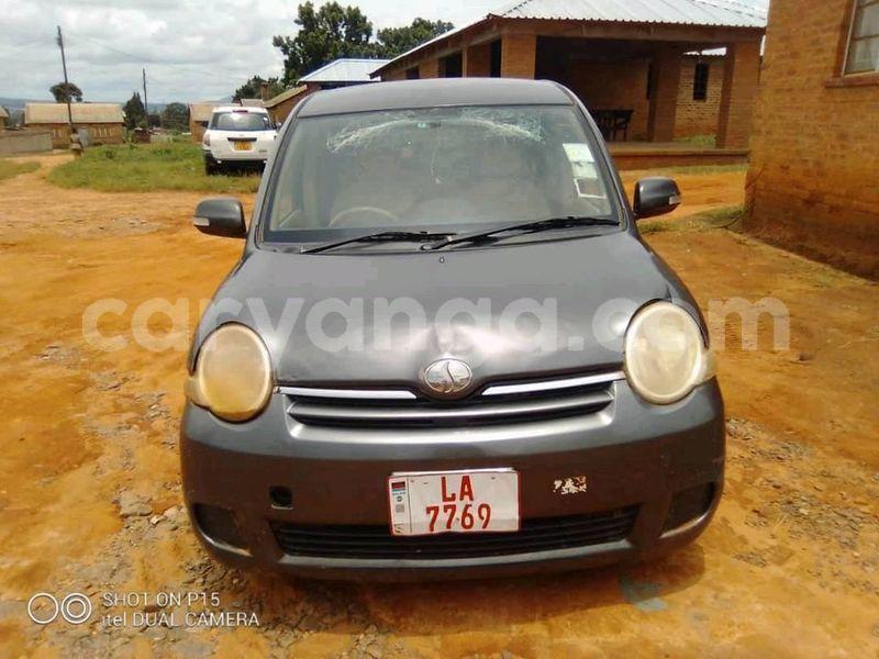 Big with watermark toyota sienta malawi lilongwe 9932