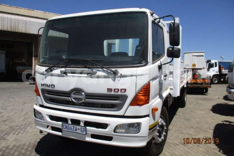 Big with watermark hino 300 series malawi blantyre 9947