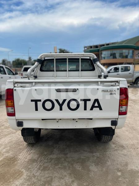 Big with watermark toyota hilux malawi lilongwe 9973