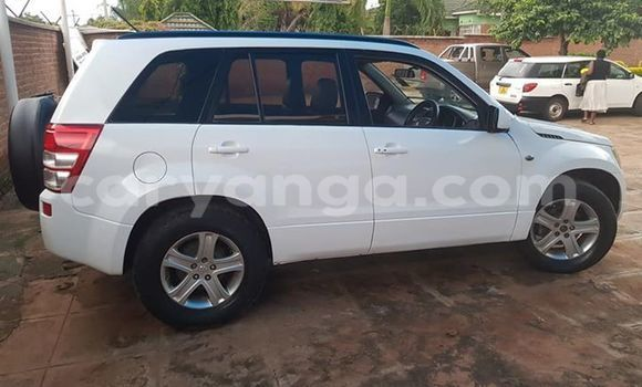 Buy Used Suzuki Grand Vitara White Car in Lilongwe in Malawi