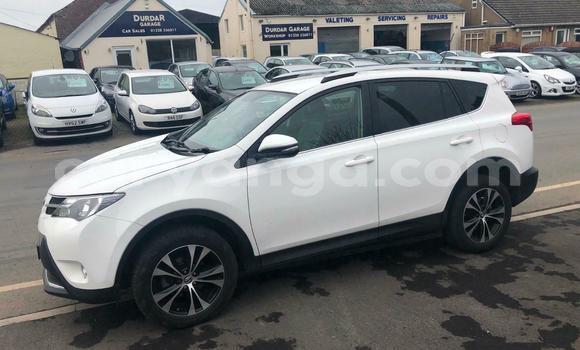 Buy Used Toyota RAV4 White Car in Lilongwe in Malawi