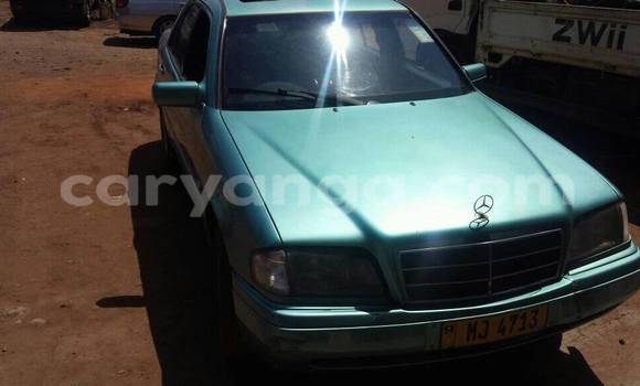 Buy Used Mercedes‒Benz 200 Black Car in Limbe in Malawi