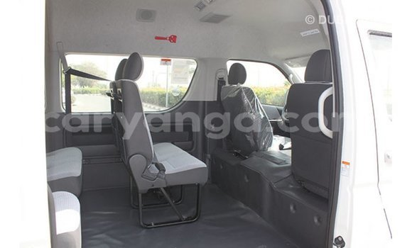 Buy Import Toyota Hiace White Car in Import - Dubai in Malawi