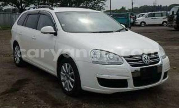 Buy Used Volkswagen Golf White Car in Limbe in Malawi