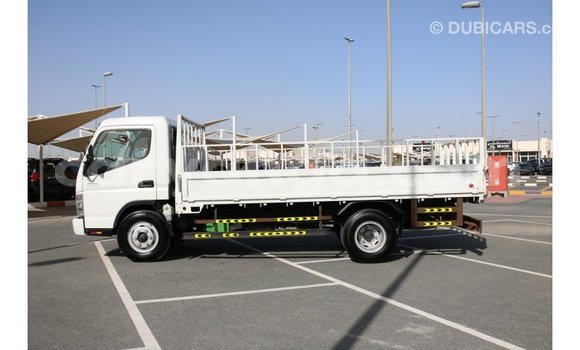 Buy Import Mitsubishi Canter White Car in Import - Dubai in Malawi
