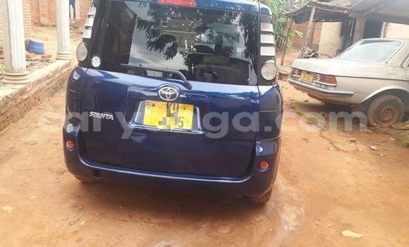 Buy Used Toyota Sienta Blue Car in Kasungu in Malawi