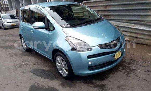 Buy Used Toyota Ractis Blue Car in Blantyre in Malawi