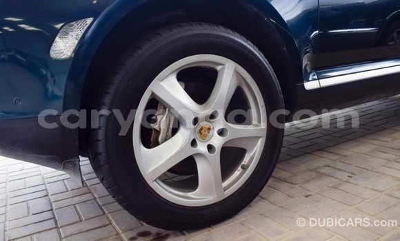 Buy Import Porsche Cayenne Green Car in Import - Dubai in Malawi