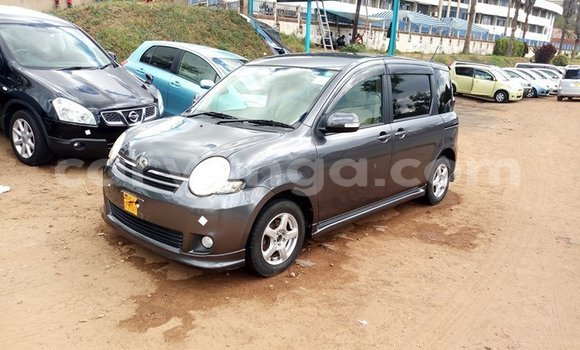 Buy Used Toyota Sienta Other Car in Blantyre in Malawi