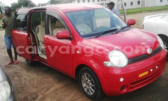 Buy Used Toyota Sienna Red Car in Limbe in Malawi