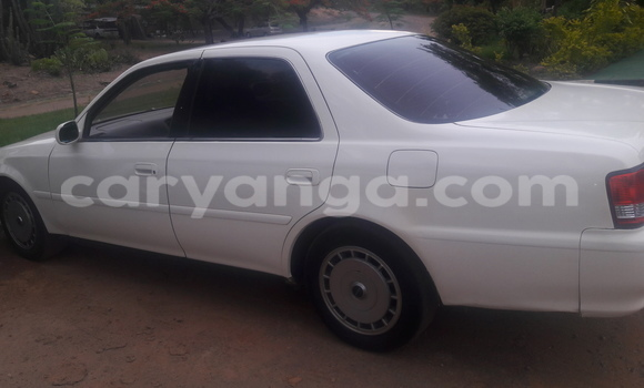 Buy Used Toyota Cresta White Car in Salima in Malawi