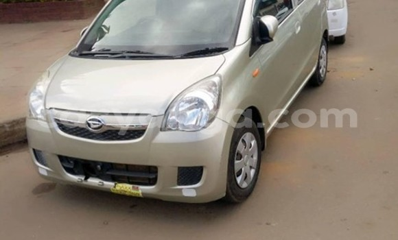 Buy Used Daihatsu Mira Silver Car in Blantyre in Malawi