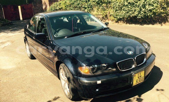 Buy Used BMW 3–Series Blue Car in Blantyre in Malawi