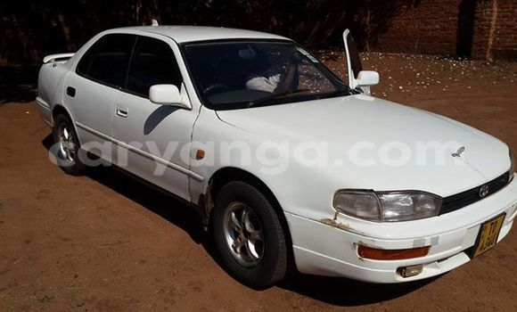 Buy Used Toyota Camry White Car in Limbe in Malawi