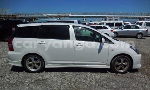 Buy Used Toyota Wish White Car in Limbe in Malawi