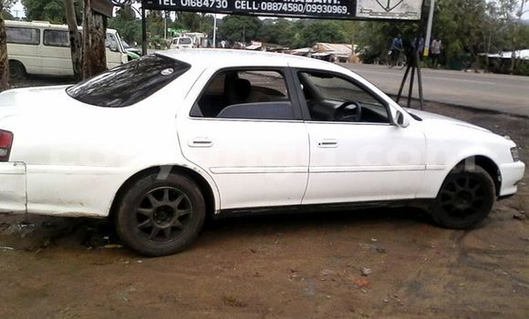 Buy Used Toyota Cresta White Car in Limbe in Malawi