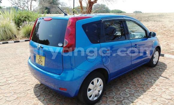 Buy Used Nissan Note Blue Car in Limbe in Malawi
