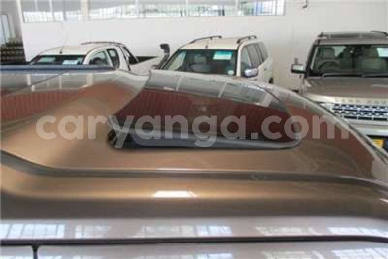 Big with watermark land rover discovery 4 3 0 tdv6 se 2010 id 62225716 type main