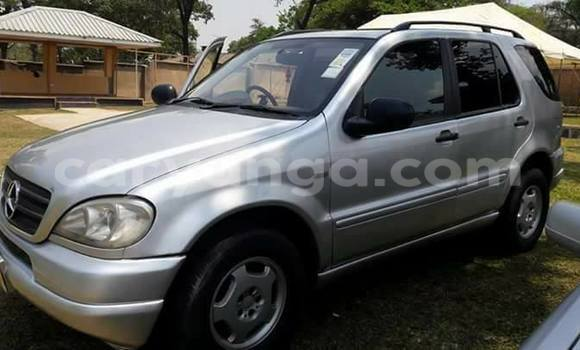 Buy Used Mercedes‒Benz ML-Class White Car in Limbe in Malawi
