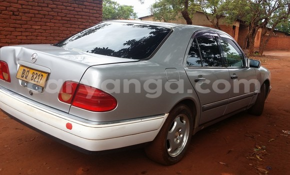 Buy Used Mercedes‒Benz 200 Silver Car in Limbe in Malawi