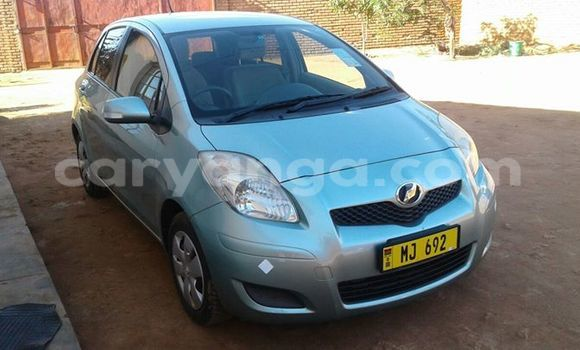 Buy Used Toyota Vitz Silver Car in Limbe in Malawi