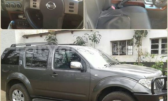 Buy Used Nissan Pathfinder Silver Car in Limbe in Malawi