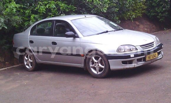 Buy Used Toyota Avensis Silver Car in Limbe in Malawi
