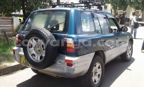 Buy Used Toyota RAV4 Blue Car in Limbe in Malawi