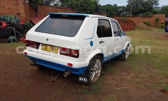 Buy Used Volkswagen Golf White Car in Limbe in Malawi