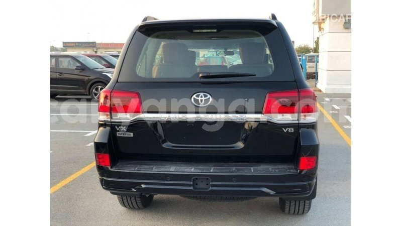 Big with watermark toyota land cruiser malawi import dubai 6806