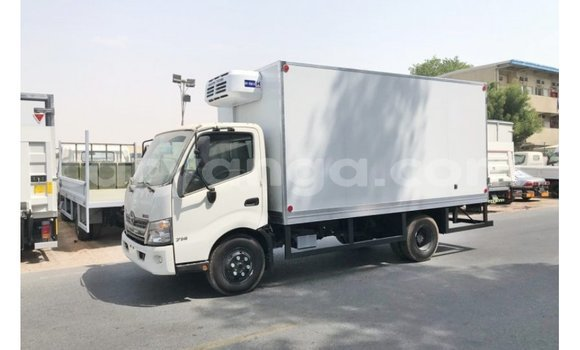 Medium with watermark hino 300 series malawi import dubai 6809