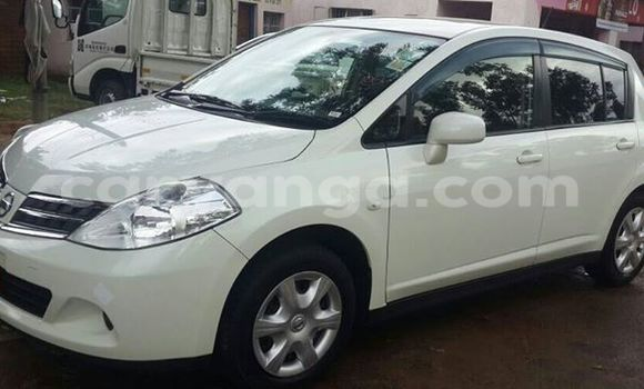 Buy Used Nissan Tilda White Car in Limbe in Malawi