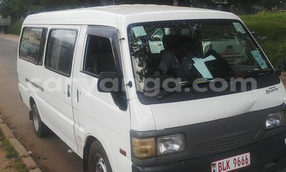 Buy Used Toyota bB White Car in Blantyre in Malawi