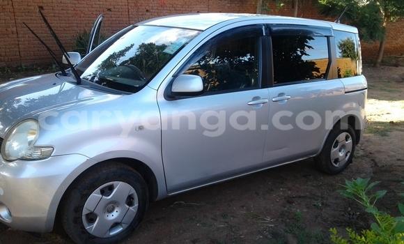 Buy New Toyota Sienta Silver Car in Lilongwe in Malawi