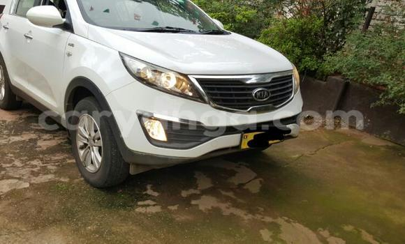 Buy Used Kia Sportage White Car in Zomba in Malawi