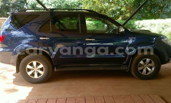 Buy Used Toyota Fortuner Blue Car in Limbe in Malawi