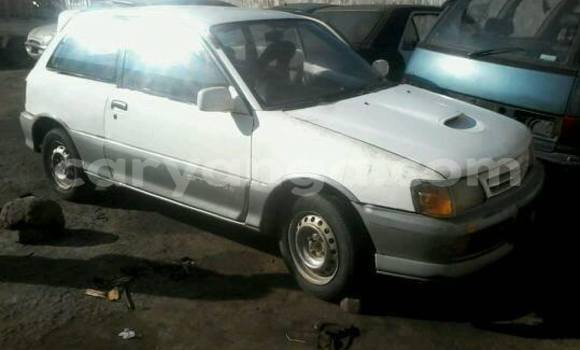 Buy Used Toyota Starlet White Car in Limbe in Malawi
