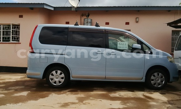 Buy New Nissan Serena Blue Car in Blantyre in Malawi