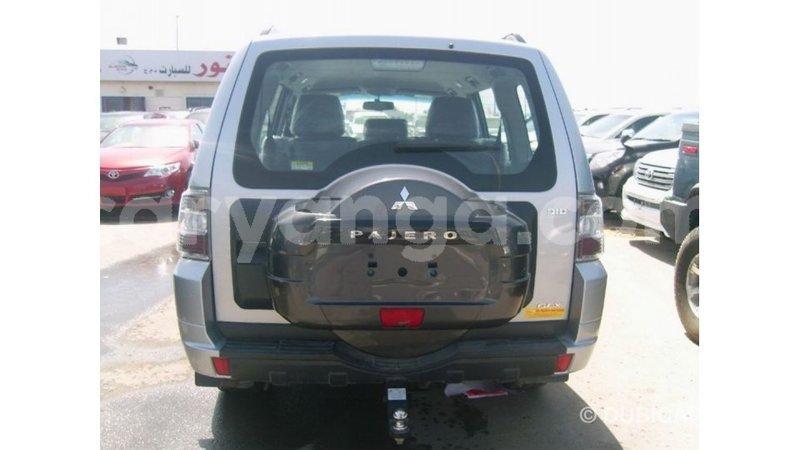 Big with watermark mitsubishi pajero malawi import dubai 7525