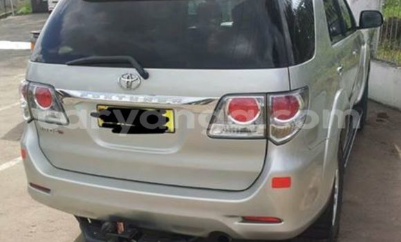 Buy Used Toyota Fortuner Silver Car in Limete in Malawi