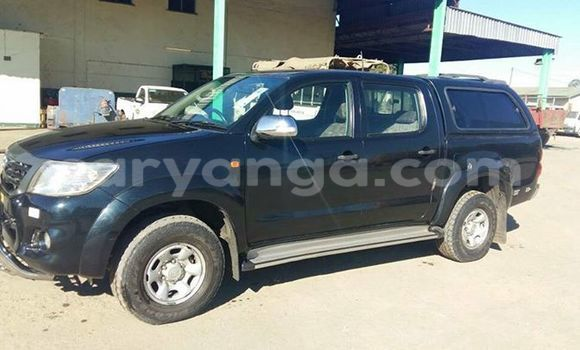 Buy Used Toyota Hilux Black Car in Limete in Malawi