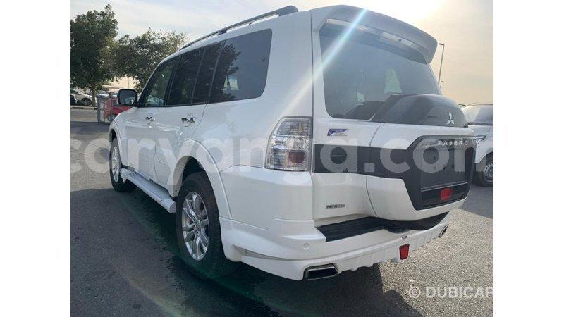Big with watermark mitsubishi pajero malawi import dubai 7695