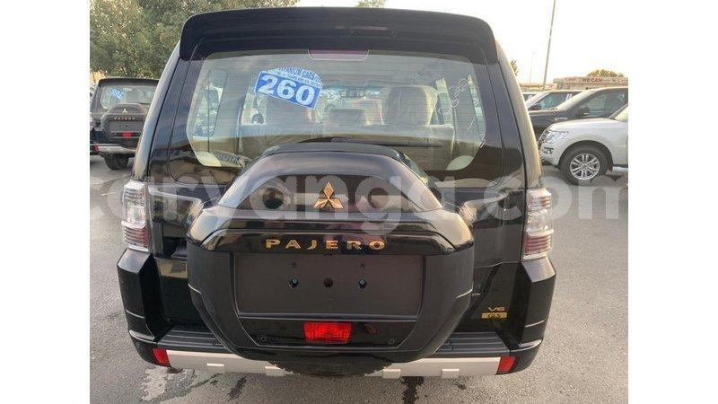 Big with watermark mitsubishi pajero malawi import dubai 7696