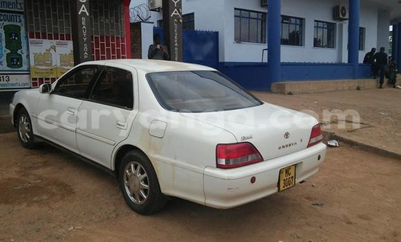 Buy Used Toyota Cresta White Car in Limete in Malawi