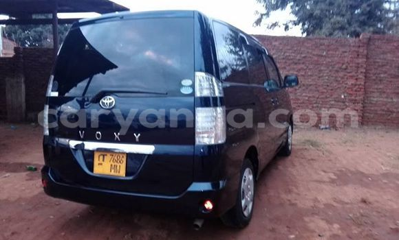 Buy Used Toyota Voxy Black Car in Limete in Malawi