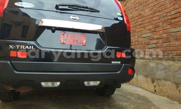 Buy Used Nissan X–Trail Black Car in Limete in Malawi